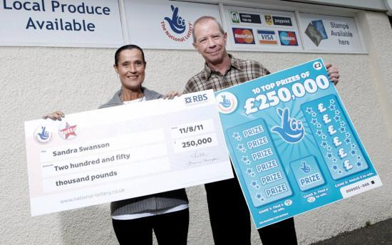 Photograph of Thurso Couple Scratch Their Way To A �250k Win