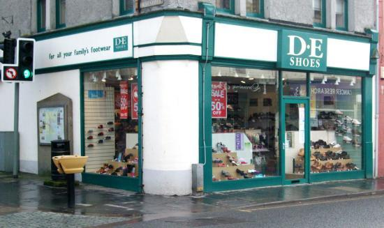 Photograph of D E Shoe Shop In Wick Under Threat As Stores Up For Sale