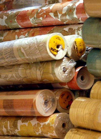 Photograph of Wallpaper Sale Now on at W & D Ross Paint Spectrum