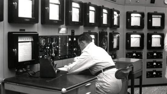 Photograph of Reactor control room moves to a new home