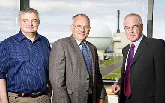 Photograph of NEW TOP TEAM AT COUNCIL VISITS DOUNREAY