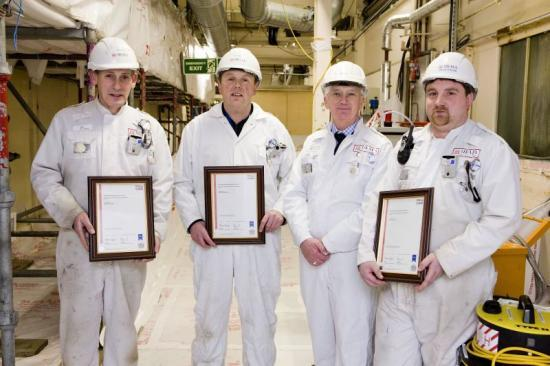 Photograph of DECOMMISSIONING OPERATIVES RECEIVE CERTIFICATES FROM SAFETY DIRECTOR
