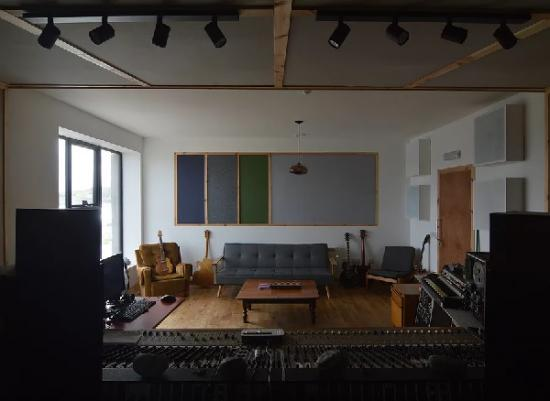 Photograph of Island Music Studio Aims To Attract Global Stars