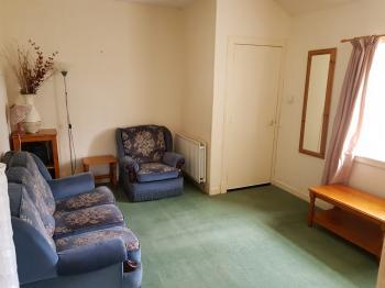 Photograph of 2 Bedroom Furnished Cottage