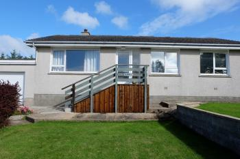 Photograph of 3 Bedroomed Fully Furnished Family Home